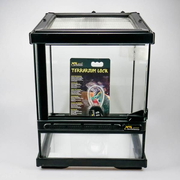 Terrarium with double ventilation black